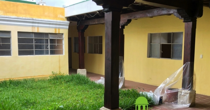 House for sale in central Antigua